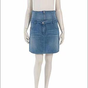 Chanel vintage denim skirt size 38.
